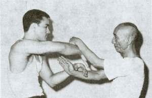 Bruce Lee - Chi Sao http://thomastakeaways.wordpress.com/tag/martial-arts/
